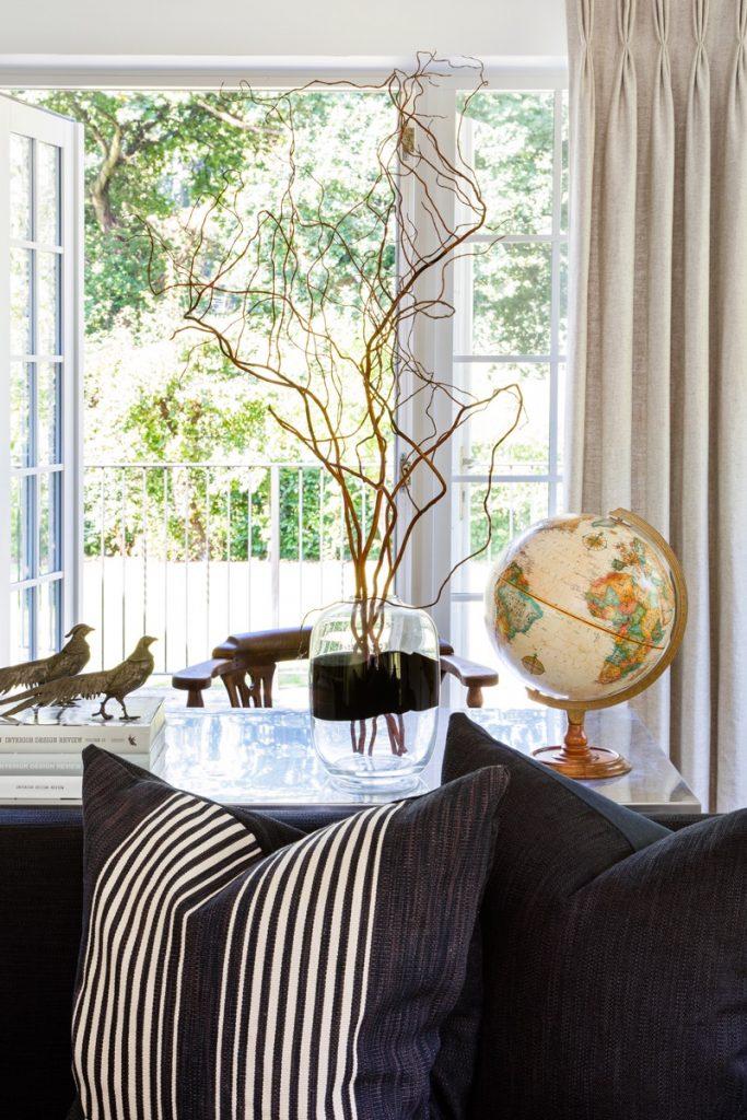 Cushions and Globe